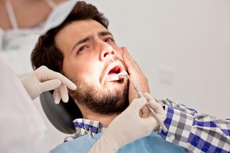 No te saques nunca tus propios dientes