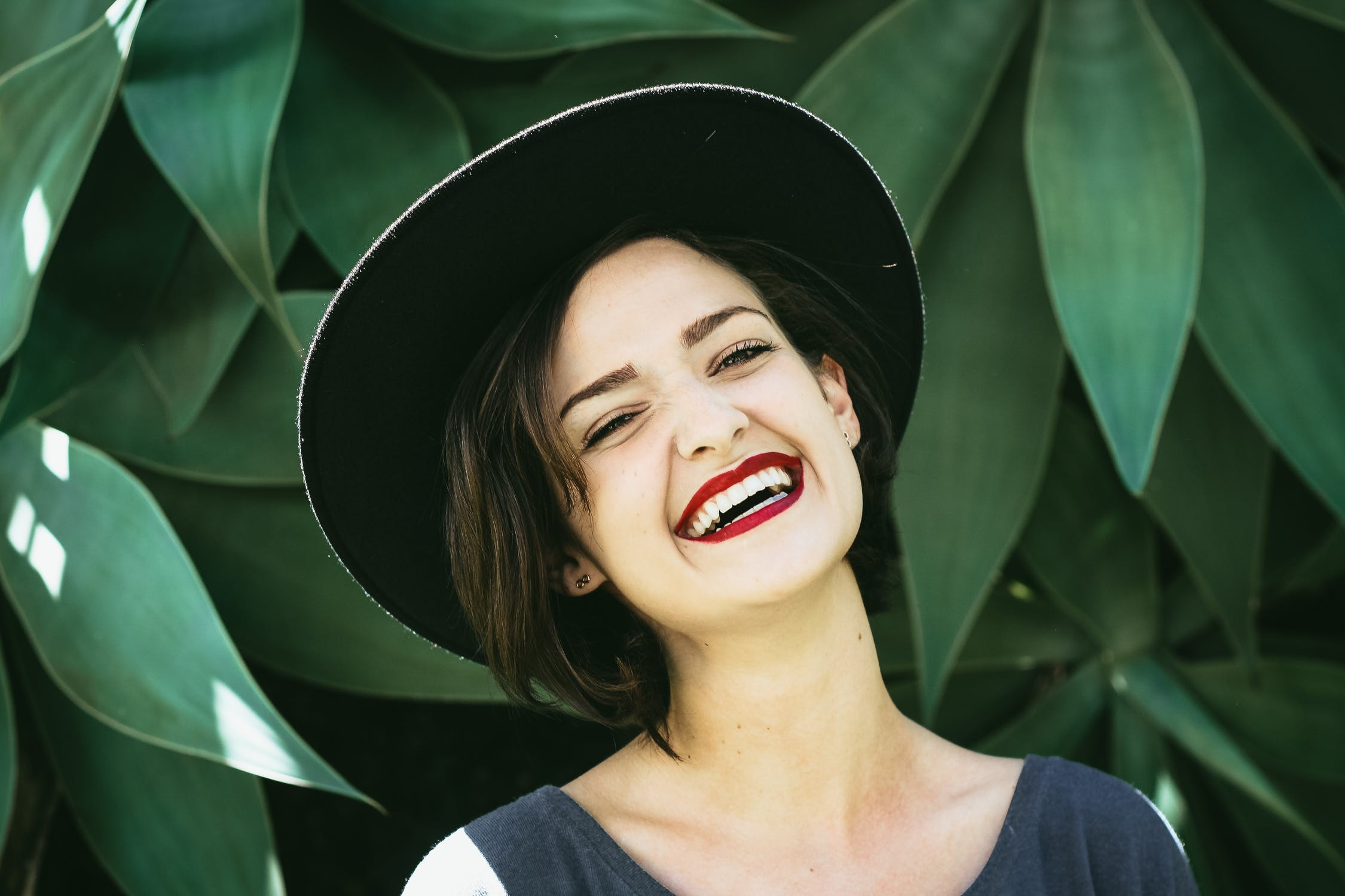 Blanqueamiento de los dientes, para verse más joven