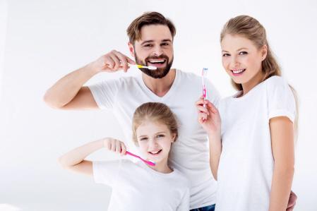 Cuidado de los dientes en casa