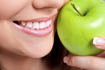 Blanqueamiento de dientes con láser: resultados realmente rápidos