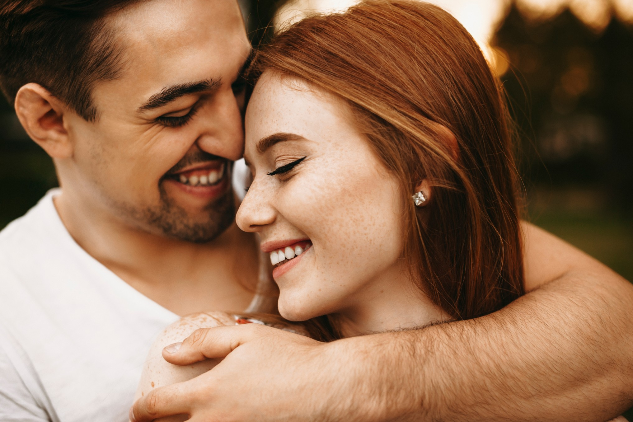Teeth Whitening can Lead you to Find True Love